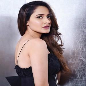 Outstanding Pragya Jaiswal